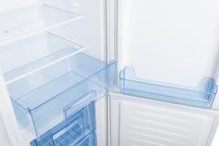 Refrigerador branco isolado no fundo branco Fotografia de Stock Royalty Free
