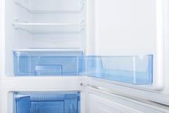 Refrigerador branco isolado no fundo branco Foto de Stock Royalty Free