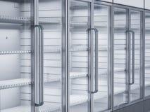 Refrigeradores comerciais vazios na loja Imagens de Stock Royalty Free