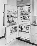Refrigerator, 1961年(所有人被描述不更长生存,并且庄园不存在 供应商保单将没有mo 免版税库存照片