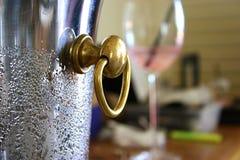 Refrigeratore del vino Fotografia Stock Libera da Diritti