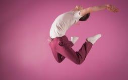 Refrigere o meio do ar do dançarino da ruptura fotografia de stock royalty free