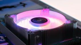 Refroidisseur d'ordinateur avec la lumi?re de RVB LED clips vidéos