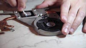 Refroidisseur de radiateur de nettoyage de la poussière banque de vidéos