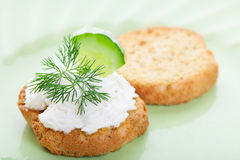 Refroidissez le Canape de concombre photos stock