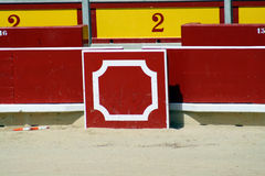 Refuge dans une boucle de taureau du bullring de Pamplona. Photos stock