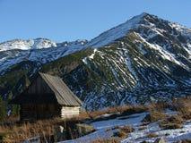 Refuge de montagne photo stock