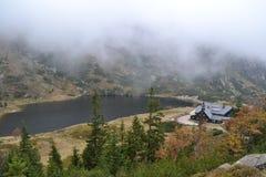 Refuge en montagnes Photo libre de droits