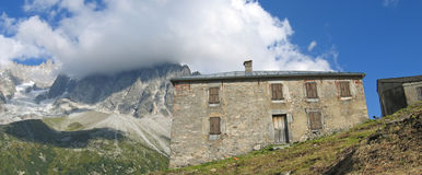 Refuge in the mountains. France - The Alps - Panorama Royalty Free Stock Photography