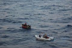 Refugiados cubanos que estão sendo salvar Fotografia de Stock