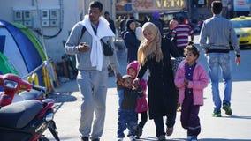 Refugiados en el puerto Imagen de archivo libre de regalías