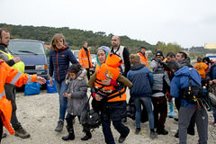 Refugiados que chegam em Lesvos Foto de Stock Royalty Free