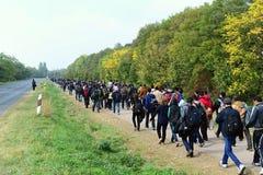 refugiados que saem de Hungria Imagem de Stock