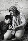 Refugiados sin hogar en Atenas, Grecia Fotos de archivo
