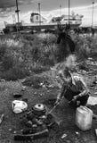 Refugiados sin hogar en Patras, Grecia Foto de archivo