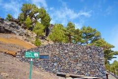 Refugio Punta de Los Roques, Gebirgsnotflüchtlingshütte nahe zu Roque de Los Muchachos im La Palma, Kanarische Inseln, Spanien lizenzfreies stockfoto