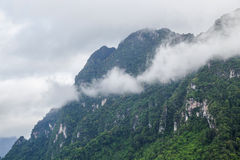 Regain sur la montagne image stock