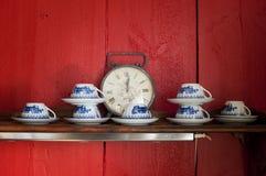 Regal im Café lizenzfreie stockfotografie