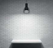 Regal und Lampe Stockbilder