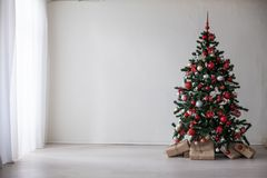 Regali della decorazione di Natale dell'albero di Natale Fotografia Stock Libera da Diritti