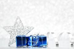 Regali di festa decorativi Immagini Stock
