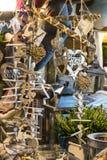 Regali di legno della decorazione di Natale fotografia stock libera da diritti