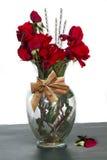 Regalo de flores Fotos de archivo libres de regalías