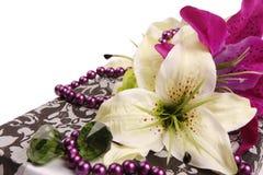Regalo de la flor Imagen de archivo libre de regalías