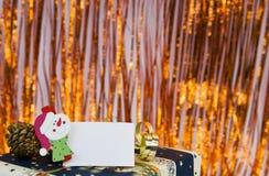 Regalo de la Navidad con la tarjeta vacía Imagen de archivo