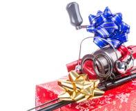 Regalo de la Navidad en la caja para los pescadores Imágenes de archivo libres de regalías