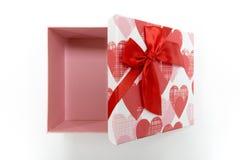Regalo de la tarjeta del día de San Valentín del regalo del Año Nuevo de la caja de regalo Fotografía de archivo libre de regalías