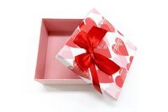 Regalo de la tarjeta del día de San Valentín del regalo del Año Nuevo de la caja de regalo Imagen de archivo libre de regalías