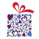 Regalo de los corazones de la tarjeta del día de San Valentín Imagenes de archivo
