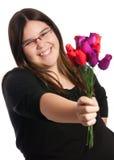 Regalo de rosas Fotos de archivo libres de regalías