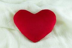 Regalo del corazón del amor Fotografía de archivo libre de regalías