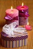 Regalo del cuore di giorno di biglietti di S. Valentino - foto di Stocl Immagine Stock