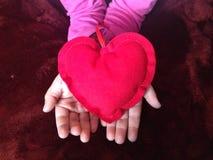 regalo del cuore a voi Fotografia Stock