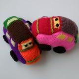 Regalo hecho a mano para los niños, coche de bebé de punto Fotografía de archivo libre de regalías