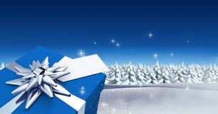 Regalo nel paesaggio di inverno di Natale Immagini Stock