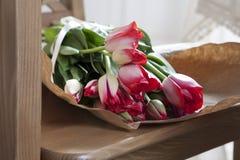 Regalo para la tarjeta del día de San Valentín del St. del día Imágenes de archivo libres de regalías