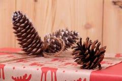 Regalo por el Año Nuevo y la Navidad Fotografía de archivo libre de regalías