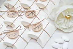 Regalos de boda para la huésped Imagenes de archivo
