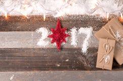 Regalos 2017 de la Navidad de la Feliz Año Nuevo Foto de archivo libre de regalías