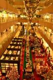 Regalos de la Navidad de las compras Foto de archivo libre de regalías