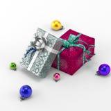 Regalos de la Navidad y bolas de la Navidad Fotos de archivo libres de regalías