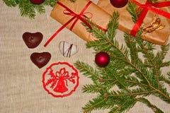 Regalos de la Navidad y del Año Nuevo Fotos de archivo