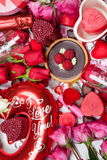 Regalos e invitaciones clasificados para la tarjeta del día de San Valentín Imagen de archivo libre de regalías