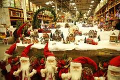 Regalos justos de la Navidad del Año Nuevo en el mercado fotografía de archivo libre de regalías