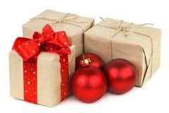 Regalos para el primer de la Navidad y del Año Nuevo Foto de archivo