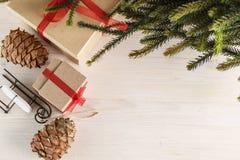 Regalos por Año Nuevo o la Navidad Foto de archivo